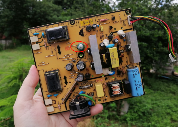 LG-flatron-W1934S-VGA-monitor-power-board