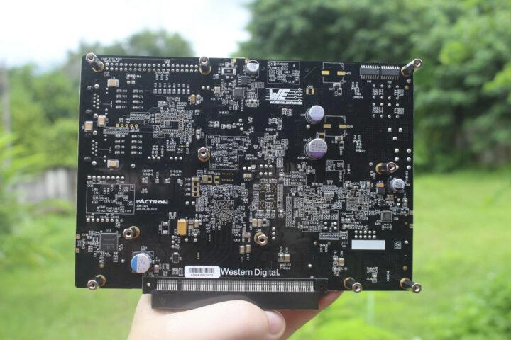 USB-chips-capacitors